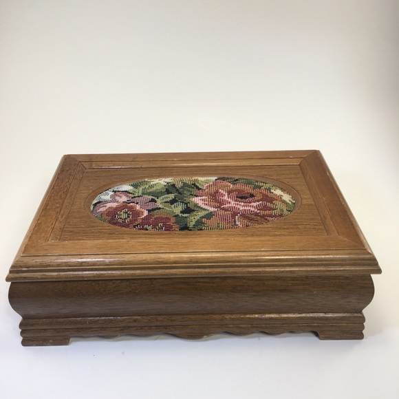 Other - Vintage Asian Crafted Wood Jewelry Box!